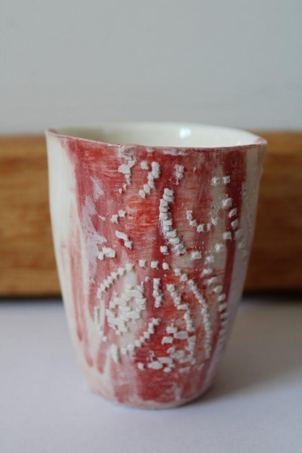 Meike Janssens – art and ceramics – porcelain cup