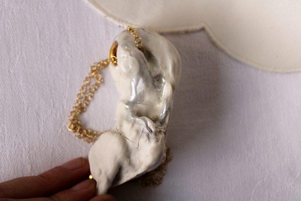 meike janssens - necklace in porcelain